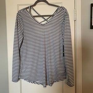NWT Old Navy Long Sleeve Workout Shirt
